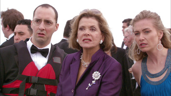 Episodio 13 (TTemporada 3) de Arrested Development
