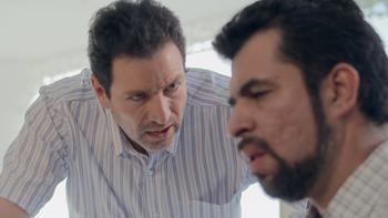 Episodio 33 (TTemporada 1) de Pablo Escobar, el patrón del mal